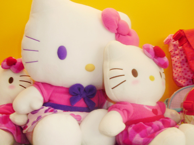 HELLO KITTY-FRONT