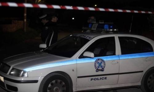 Αιματηρή συμπλοκή στην Καλλιθέα - Χαροπαλεύει 19χρονος από επίθεση με μαχαίρι